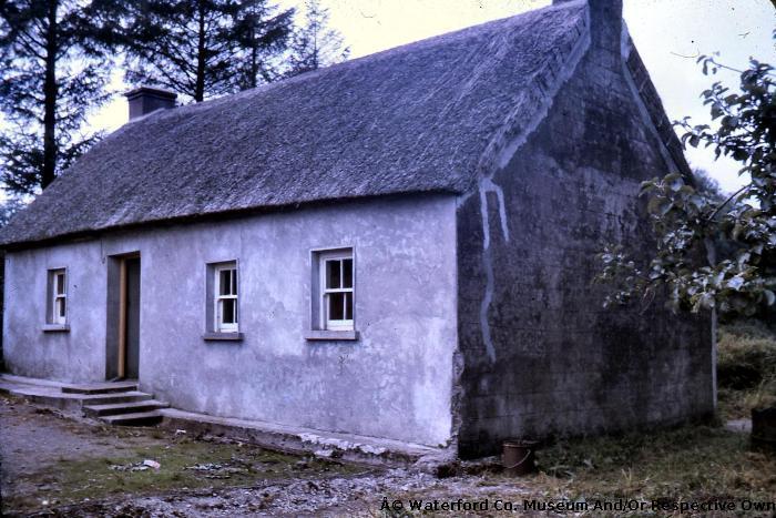 Edmond O'Connor's Thatched Cottage, Millstreet, Modeligo