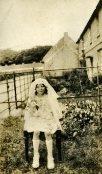 Girl In Communion Outfit, Abbeyside