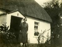 Annie McGuire At Her Thatched Cottage, Salterbridge House